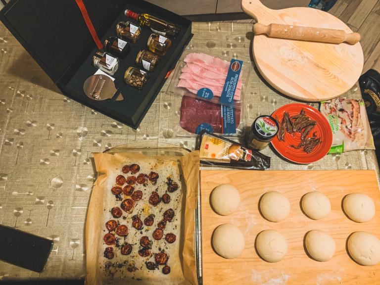 Ingredienti per i panzerotti senza glutine fatti in casa